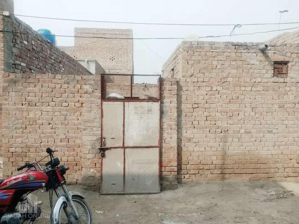 mkan ahata for sale on back of lari adda kameer chungi pakpattan